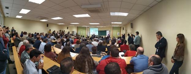 """El rector presenta su campaña a la reelección para consolidar el """"salto cualitativo"""" y """"liderazgo"""" de la UJA"""